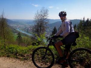 Radfahrer vor Neckargmünd
